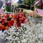 Samstag Morgen Markt und Blumen