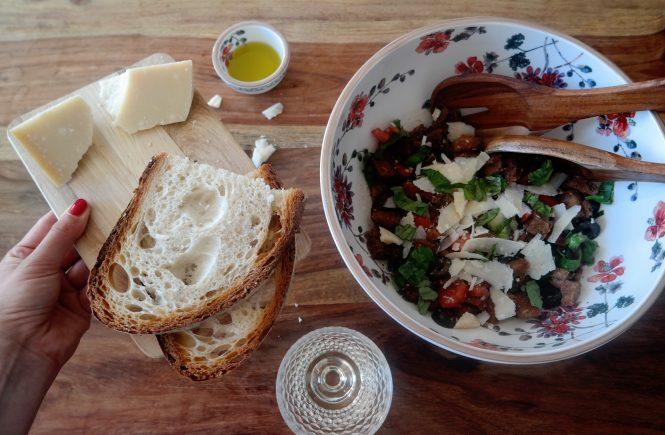 Brotsalat zum Abendessen